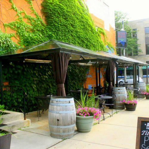 Wine Knot Bar & Bistro